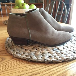 Crown Vintage Tiffany ankle boots Size 9.5